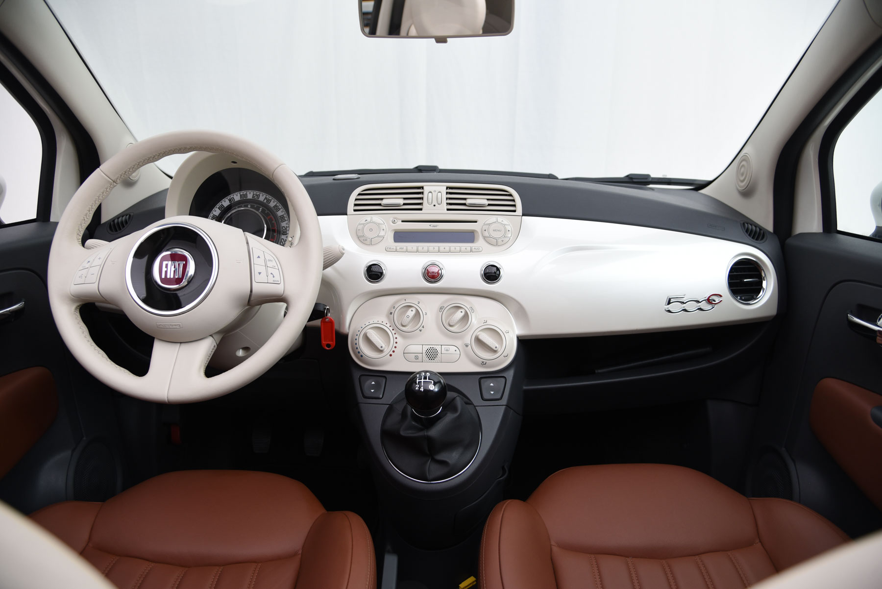 Fiat 500 cabriolet lounge for Fiat 500 interieur