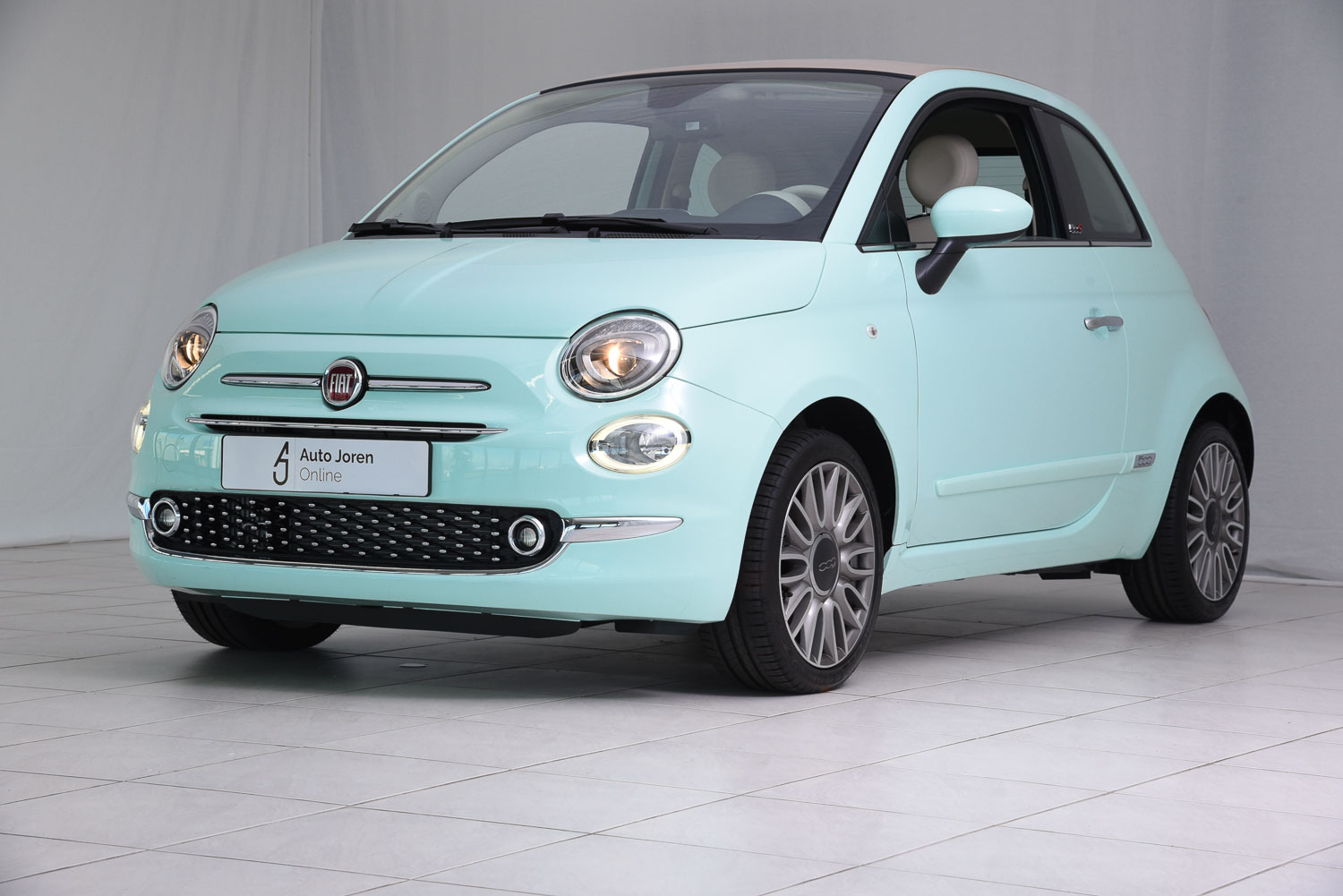 fiat 500 lounge cabriolet. Black Bedroom Furniture Sets. Home Design Ideas