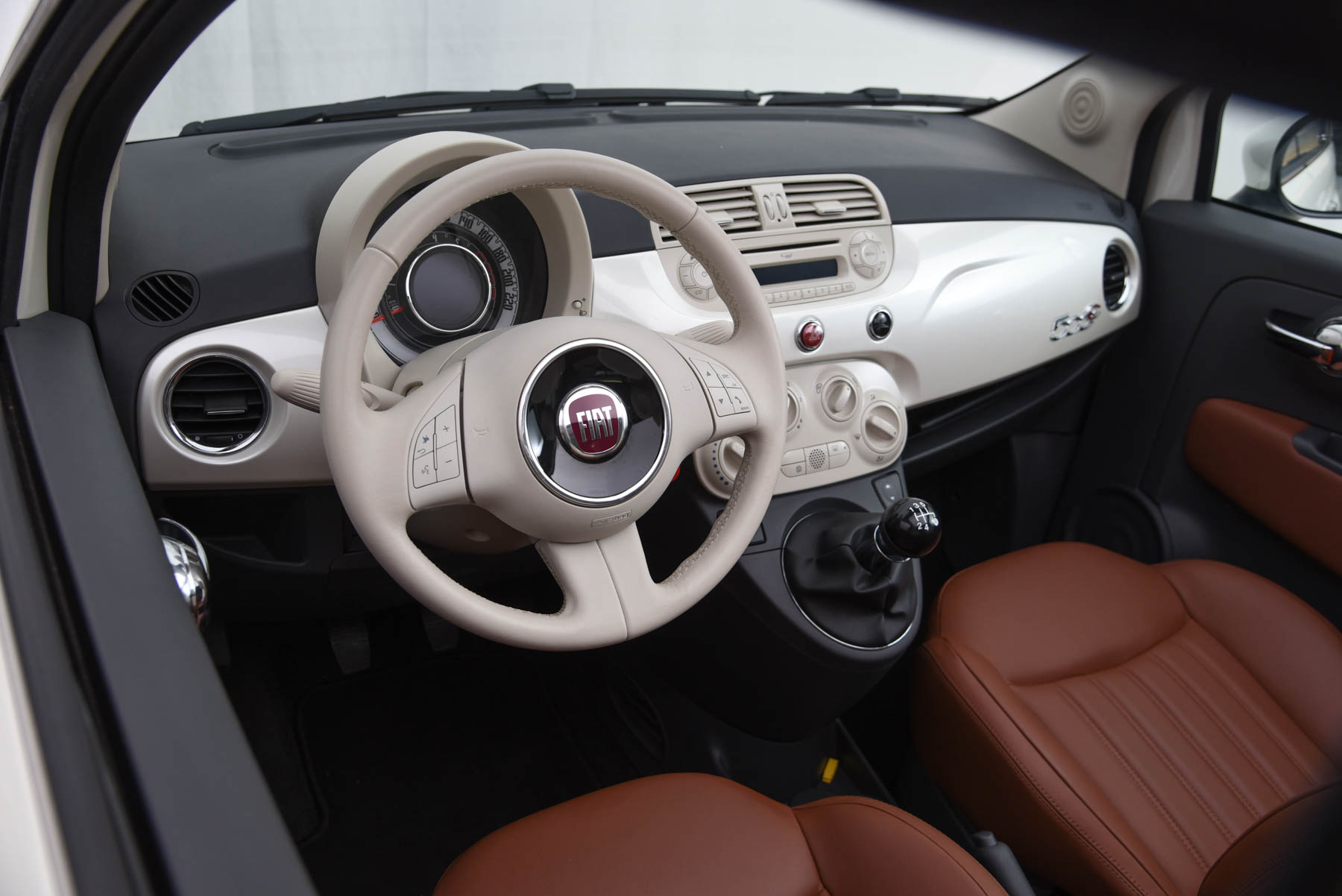 Fiat 500 abarth interieur of interieur fiat 500 for Interieur 500 abarth